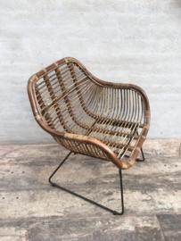 Vintage retro rotan rieten stoel stoeltje stoelen stoeltjes fauteuil fauteuils met armleuningen landelijk industrieel zwart bruin