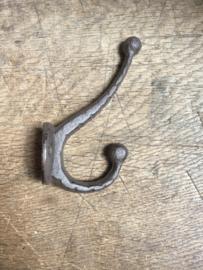 Metalen gietijzeren dubbele kapstokhaak bruin wandhaak haak haakje dubbel landelijk kapstok haak