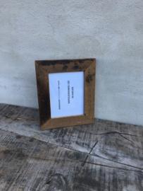 Stoere grijze grijs oud oude vergrijsd houten fotolijstjes  landelijk vergrijsde fotolijst fotomaat 21 x 16 cm vintage fotolijstje lijst lijstje landelijk