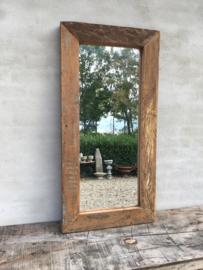Stoere zeer grove robuust vergrijsd houten truckwood railway sloophouten mooie diepe nerf grof robuust spiegel landelijk stoer oud hout 120 x 60 cm