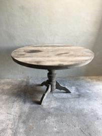 Grote oud vergrijsd houten tafel eettafel eetkamertafel rond 125 cm bijzettafel wijntafel wijntafeltje landelijk stoer grijs