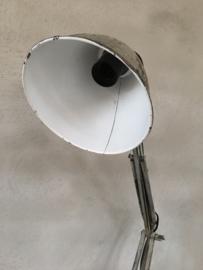 Industriële metalen tafellamp bureaulamp wandlamp knikarm grijs  grijsbruin oud landelijk vintage