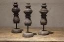 Grey grijs black houten ornament op pin standaard landelijk stoer