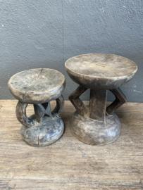 Origineel oud vergrijsd houten Afrikaans krukje kruk kandelaar klein landelijk stoer