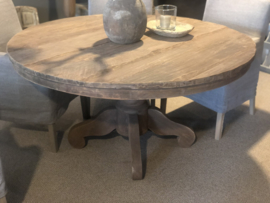 Grote oud vergrijsd houten tafel eettafel bolpoot eetkamertafel rond 130 cm bijzettafel wijntafel wijntafeltje landelijk stoer