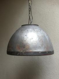 Stoere grijze metalen zinken zink metaal grijs lamp hanglamp  incl ketting stoer landelijk industrieel hanglamp