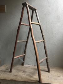 Oud houten ladder laddertje trap uitzet rek 120 x 35 cm droogrek  trapje handdoekenrek decoratie 130 x 30 cm landelijk vergrijsd