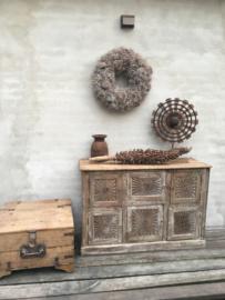 Oude naturel houten kist dekenkist salontafel bijzettafel landelijk stoer robuust industrieel