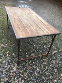 Oude ( vergrijsde ) landelijke industriële eettafel keukentafel 180 x 90 cm tuintafel klaptafel werkbank werktafel oud vintage stoer
