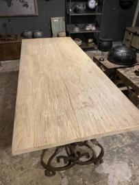Groot oud doorleefd licht blank houten grove nerf tafelblad 240 x 95 x 4,5cm dik naturel natural elmwood olmhout olmwood