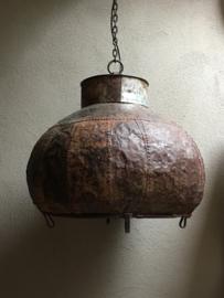 Stoere oude metalen hanglamp ketel lamp oude waterpot vintage urban emmer metaal rond landelijk industrieel