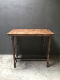 Oude houten klaptafel bartafel 100 x 100 cm hangtafel werkplek buro bureau loungetafel staantafel bar sta-tafel landelijk hoge hoog model industrieel werktafel metaal hout metalen houten