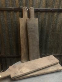 Houten tapasplank, houten snijplank broodplank vergrijsd hout landelijk stoer robuust hapjespan