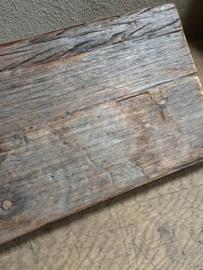 Stoere vergrijsd houten wandplank wandconsole smeedijzeren metalen schapdragers inclusief oude plank plankdragers landelijk industrieel 100 cm