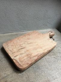 Stoere landelijke oude houten broodplank snijplank kaasplank