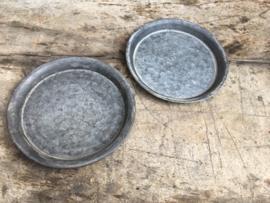 Rond zinken schaaltje onderbord zeepbakje onderzetter onderzetters bordjes doorsnede 16 cm bordje
