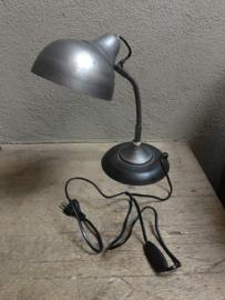 Stoer metalen lampje bedlampje tafellampje buro bureau grijs leeslampje industrieel vintage landelijk industriële - EIND OKTOBER 2020