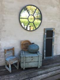 Oud sloophouten krijtbord in origineel oud kozijn venster oude Frans blauwe kleur wandbord schoolbord 116 X 43 cm vintage landelijk industrieel schrijfbord stoer