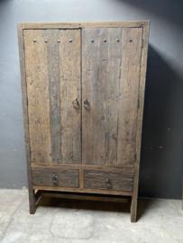 Prachtige houten 2 deuren en 2 laden kast grote kast 220x130x50cm stoer landelijk robuust industrieel