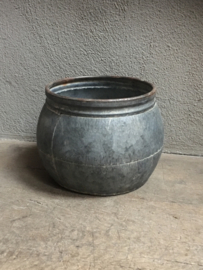 """Grote XL ronde grijze """" zinken ?"""" bak grijs trog pot schaal bloempot landelijk stoer sober """"zink?"""""""