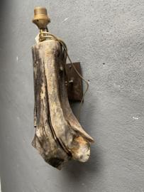 Prachtige houten wandlamp stronk drijfhout driftwood boomstam landelijk sober stoer robuust