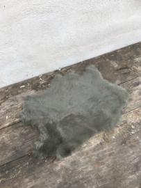 Nieuw konijnenVachtje haas konijn groen khaki army olijf zacht groen grijsgroen huid vacht vachtje kleed kleedje bont bontje kleed velletje