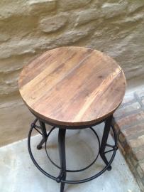 Industriële barkruk kruk in hoogte verstelbaar landelijk industrieel metaal hout houten zitting stoere kruk