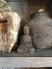 Stoer stenen Boeddha beeldje zittend boedha buddha budha