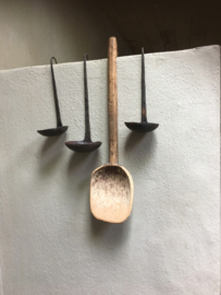 Assortiment Oude metalen lepel pollepel landelijk industrieel kandelaar theelichtje brocant