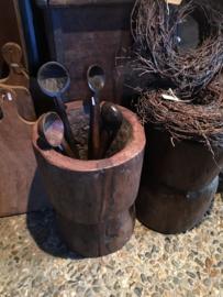 Oude houten lepel schep theelichtje kandelaar keukengerei