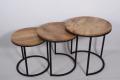 Metaal met houten ronde set van 3 tafeltjes metalen onderstel met houten blad salontafel bijzettafel landelijk industrieel vintage