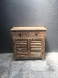 Prachtige massief houten dressoir commode kast lades deurtjes Louvre tv meubel televisie sidetable kast kastje landelijk vintage