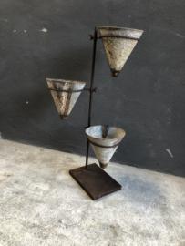 Gave oud metalen bloempotten etagère molen bloempot planter nkuku landelijk industrieel stoer urban metaal