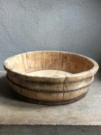 Prachtige oude ronde olijfbak houten schaal bak kaasmal kaasbak landelijk olijfbak