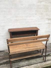 Oud metalen bankje 90 cm met houten zitting vintage landelijk industrieel bank