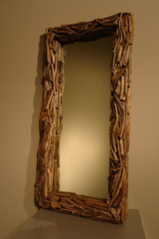 Grote vergrijsd houten spiegel drijfhout driftwood 125 X 65 cm