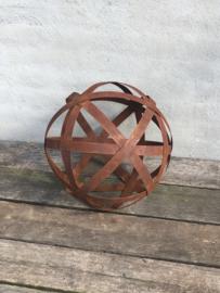 Grote smeedijzeren decoratie bol bollen ballen bal 40 cm tuinornament staal