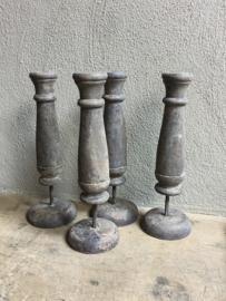 Vergrijsd houten kandelaar kandelaars ornament ornamenten ornamentjes grijs vergrijsd hout landelijk stoer