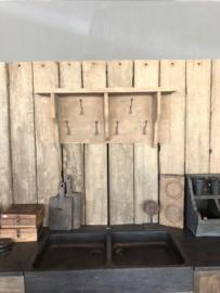 Stoere landelijke vergrijsd houten kapstok wandkapstok wandrek schap rek wandconsole regaal landelijk stoer hout
