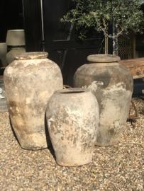 MEGA grote oude stenen kruik pot vaas decoratie antiek olijfpot olijfkruik landelijk eye catcher