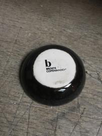 Broste Copenhagen schoteltje kommetje schaaltje theezakje bakje zwart grijs 7 cm