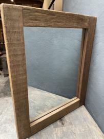 Stoere zeer grove robuust naturel houten truckwood railway sloophouten mooie diepe nerf grof robuust spiegel landelijk stoer oud hout 55 x h65 cm