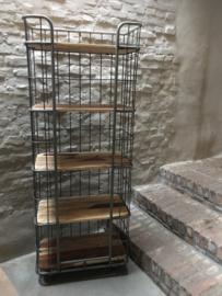 Grote industriële kast trolley kar bakkerskar bakkersrek schap rek metaal houten planken