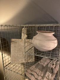Draadijzeren kast kastje rek rekje beige grijs Wandrek schap landelijk stoer industrieel brocant 125 x 38 x 23 cm