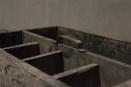 Oude vergrijsd houten spijkerbak kist kistje vakkenbak la lade dienblad gruttersbak gereedschapskist vintage theedoos landelijk stoer industrieel