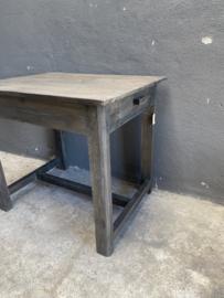 Stoer vergrijsd houten tafel tafeltje euro bureau bijzettafeltje tafeltje met laatjes aura Peeperkorn