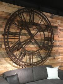 MEGA grote smeedijzeren decoratie klok wanddecoratie roestbruin metaal metalen wandklok wandornament industrieel landelijk