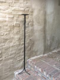 Smeedijzeren kandelaar vloerkandelaar landelijk stoer industrieel 120 cm hoog