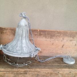 Industriele hanglamp fabriekslamp lamp industrieel landelijk metaal metalen grijs stoer industrieel