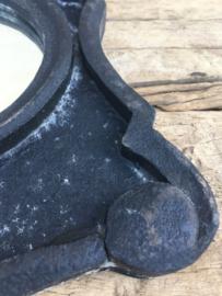 Houten spiegel spiegeltje osseoog ossenoog oeil de boeuf landelijk antraciet antreciet zwart black vergrijsd hout